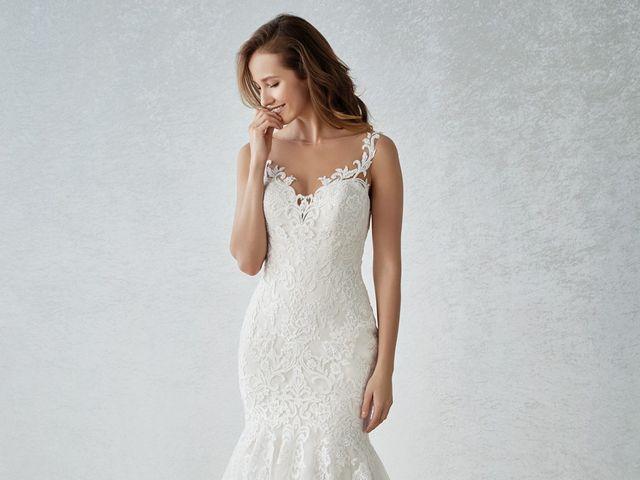 50 opciones de vestidos de novia que te harán lucir más alta