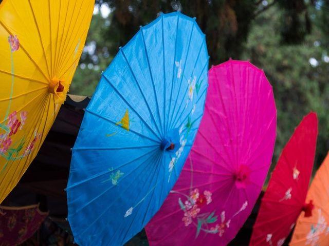 Decoración arcoíris: llena tu boda de color
