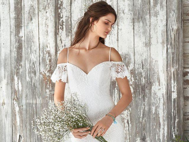 Inspírate con la nueva colección de vestidos de novia Lillian West 2019