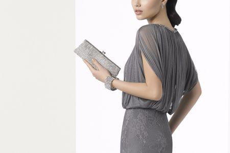 20 bolsos que marcarán la diferencia en tu look de invitada perfecta