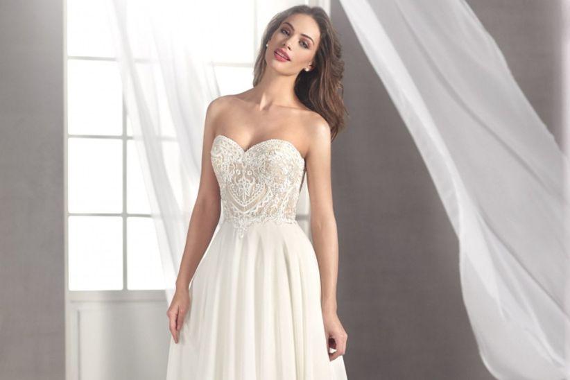 125cab995a Vestidos de novia Fara Sposa 2019  ¿con cuál te quedas