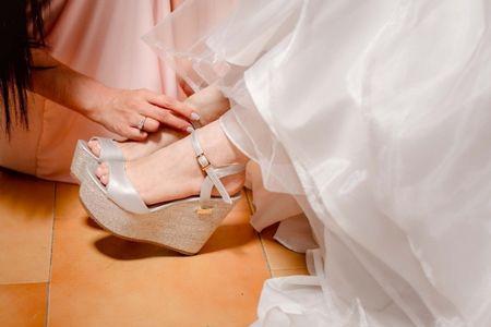 Los mejores estilos de zapatos para un matrimonio de playa