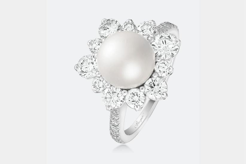anillo de compromiso vintage y diamantes