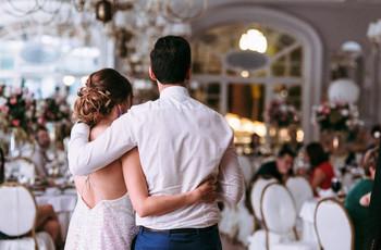 6 maneras de saludar a sus invitados de boda en tiempos de covid-19