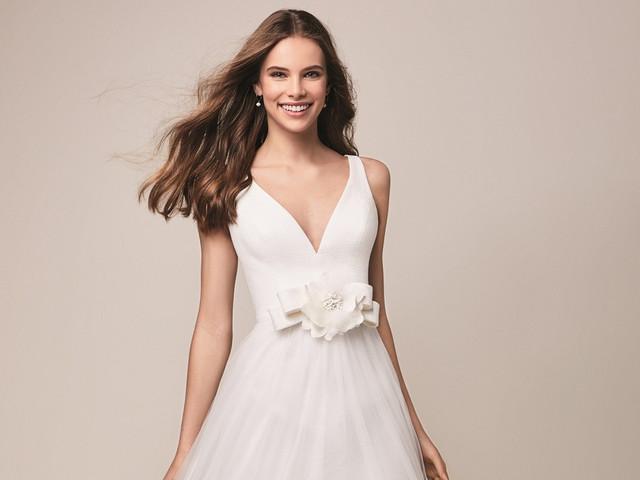 150 vestidos de novia con escote en V