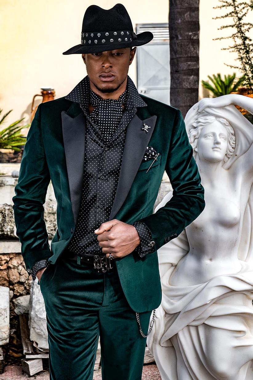 traje de novio para boda verde botella