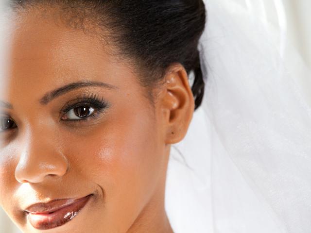 ¿Cuál es el maquillaje ideal para novias de piel morena?