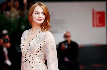 Matrimonio a la vista: ¡Emma Stone se compromete con Dave McCary!