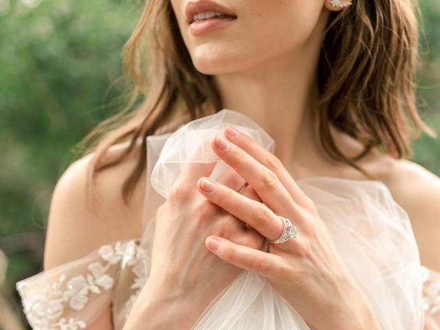 Vestido de novia según tu anillo de compromiso y personalidad