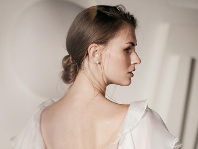 Peinados recogidos fáciles para novias que debes ver si te casas este año
