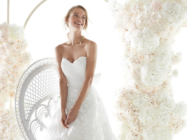 Contempla la nueva colección de vestidos de novia Colet 2020