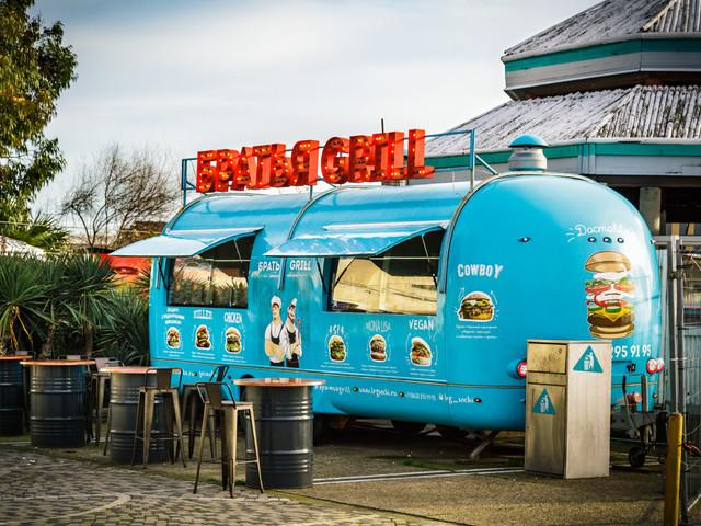 'Food truck' para matrimonio: comida sobre ruedas en la recepción