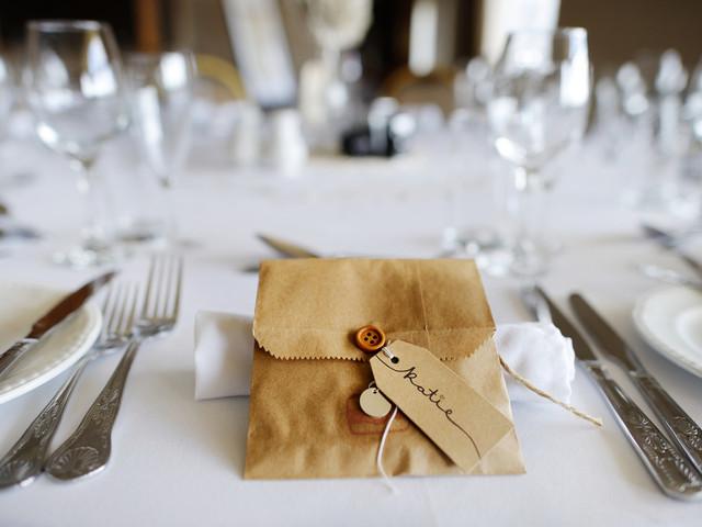 10 trucos para comprar (sin riesgo) productos por internet para la boda