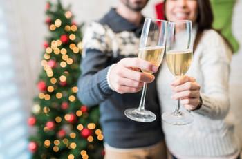 20 canciones para una fiesta de compromiso con espíritu navideño