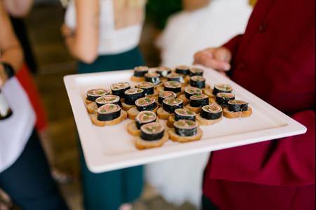 8 maneras de presentar o servir sushi en la recepción de matrimonio