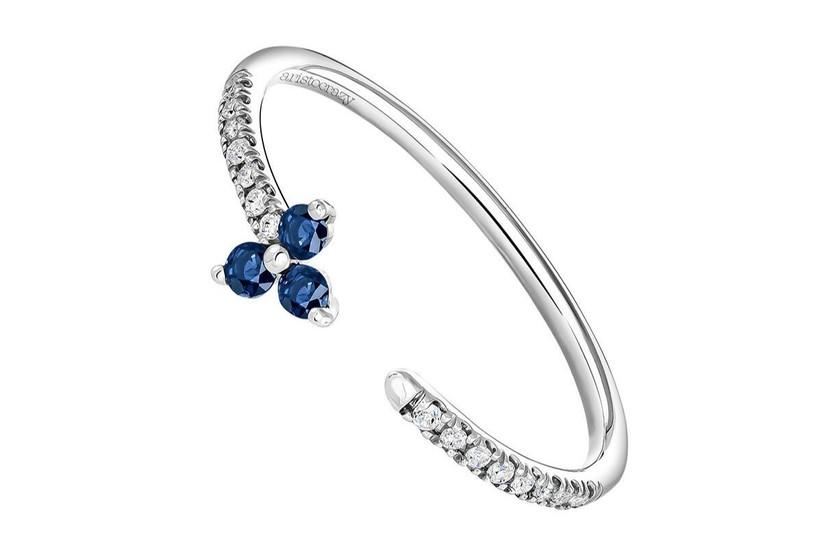 anillo moderno para novias con piedra azul