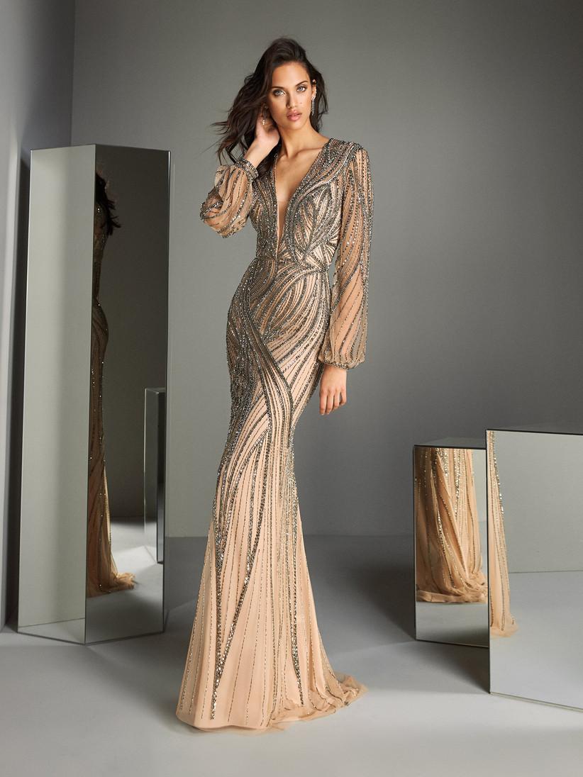 vestido elegante de fiesta con brillo