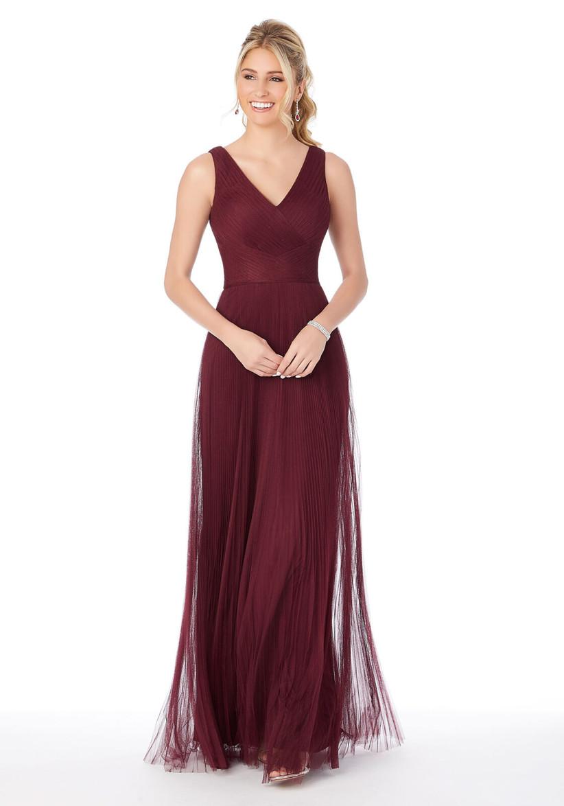 vestido para fiesta de boda color borgoña largo plisado