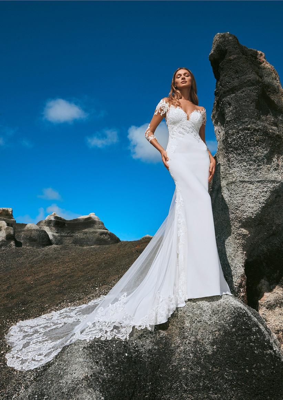 vestido de novia elegante con manga transparente estilo sirena