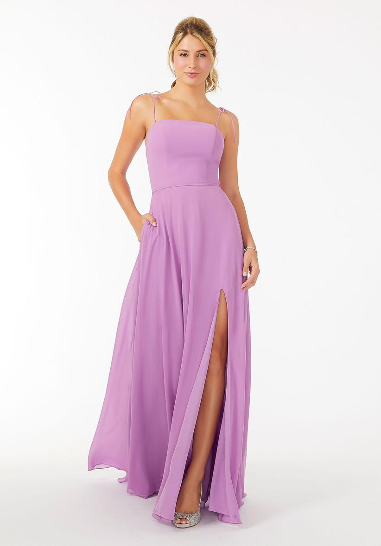 vestido de fiesta largo lila con abertura