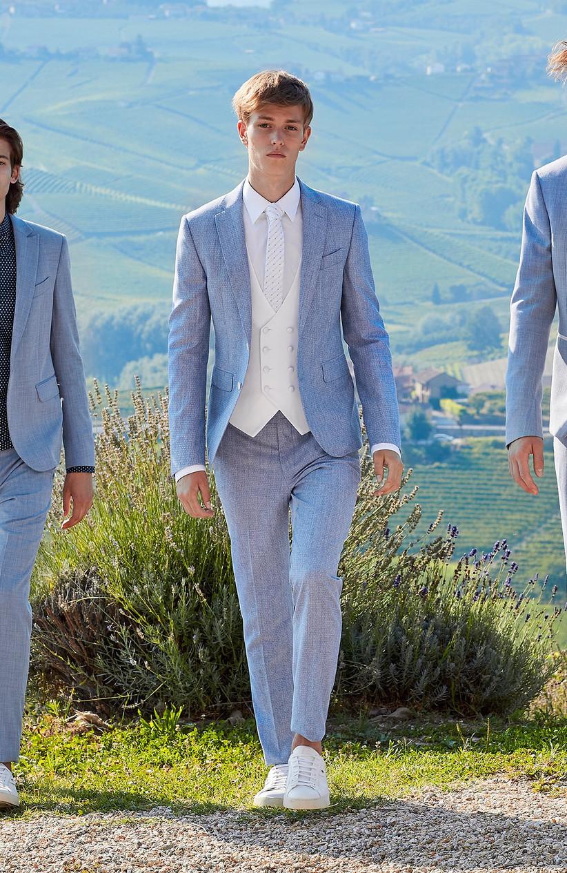 traje para novio azul cielo para la boda
