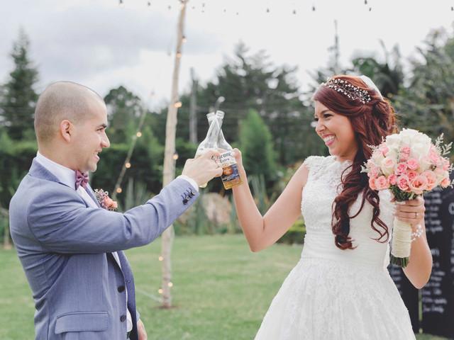 8 recomendaciones para incluir cerveza en el matrimonio