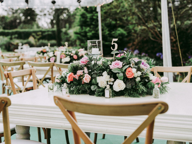 12 preguntas que deberían hacerle al florista de su matrimonio