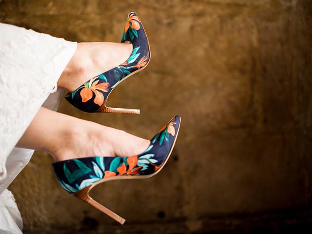 ¿Cómo personalizar los zapatos de novia?
