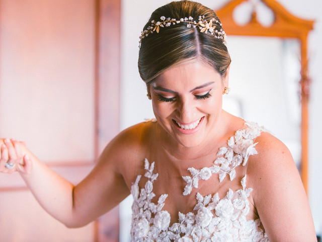 ¿Cómo elegir los accesorios para peinado de novia?