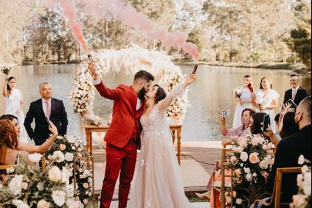 Los besos más bonitos e inspiradores de parejas reales en su boda