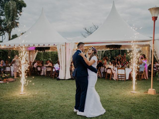 Carpas para bodas: ¡que el clima no los detenga!