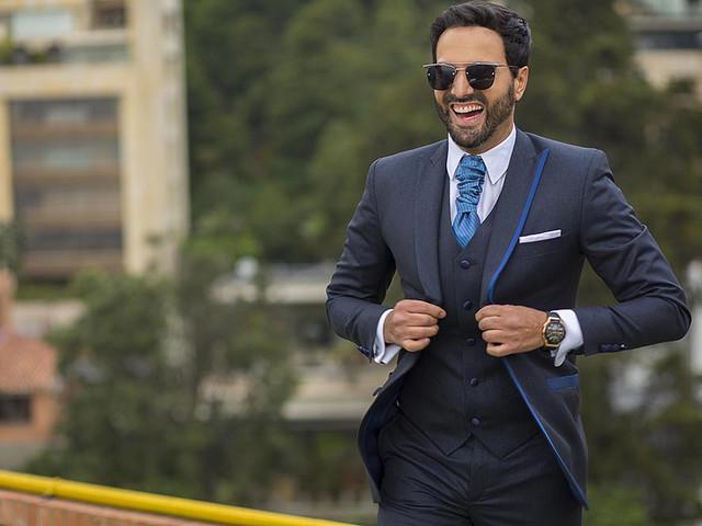 6 tips para elegir un traje de novio con estilo