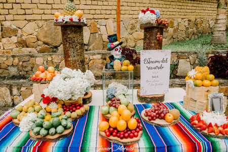 """Vivan un """"amor a la mexicana"""" con una boda temática"""