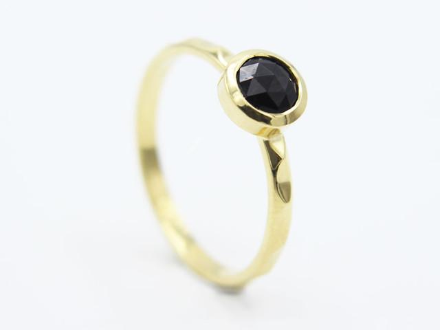 Significado de las piedras preciosas en los anillos de compromiso