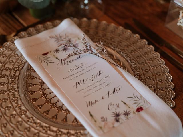 ¿Cómo y por qué crear la tarjeta de menú para boda?