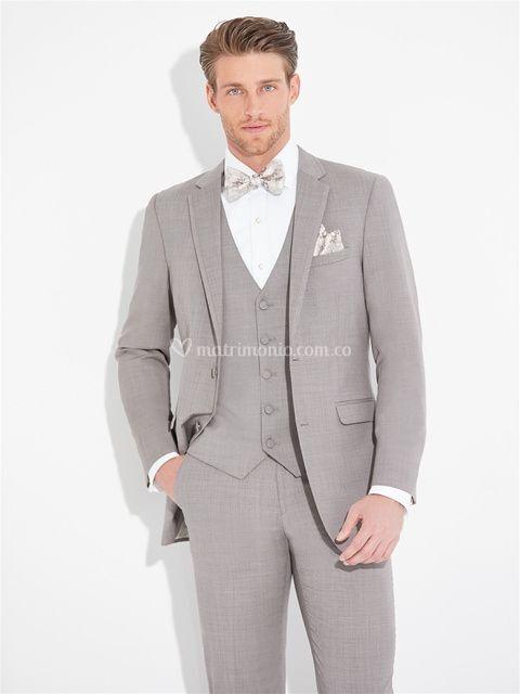 Sandstone Tuxedo, Allure Men