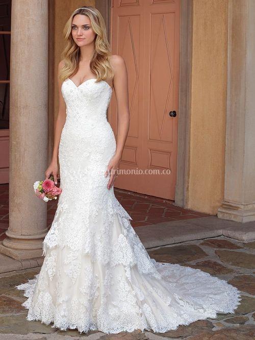 LACEY, Casablanca Bridal