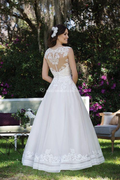 3935F, Sincerity Bridal