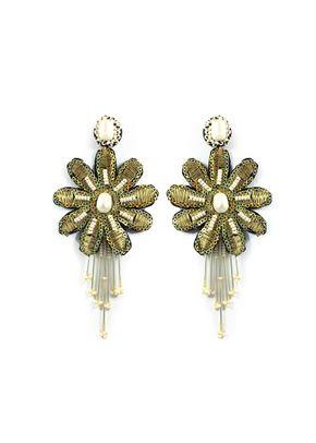 flor de perla dorado, Alejandra Valdivieso