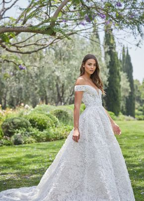 Arabella, Monique Lhuillier