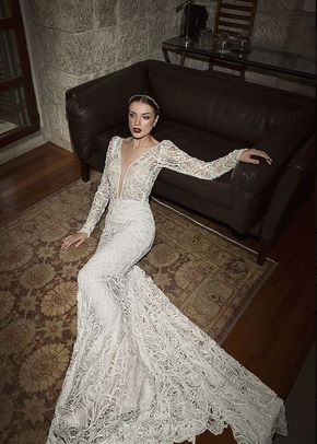 Masterpiece, Monique Lhuillier
