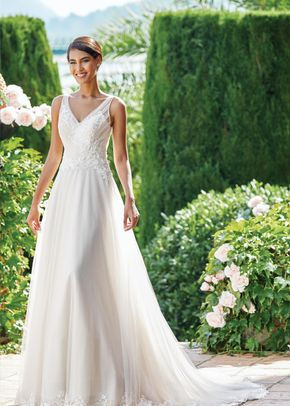 44218, Sincerity Bridal