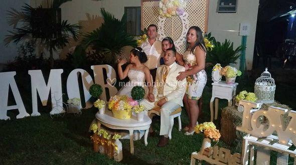 Celebra tu boda con nosotros