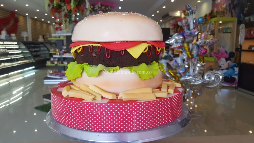 Torta personalizada con fondan