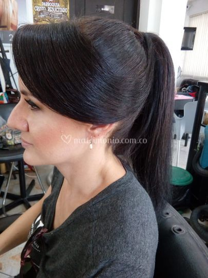 Maquillaje y peinado fiesta