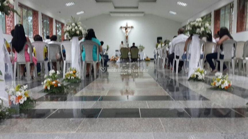 Salón de eventos y capilla