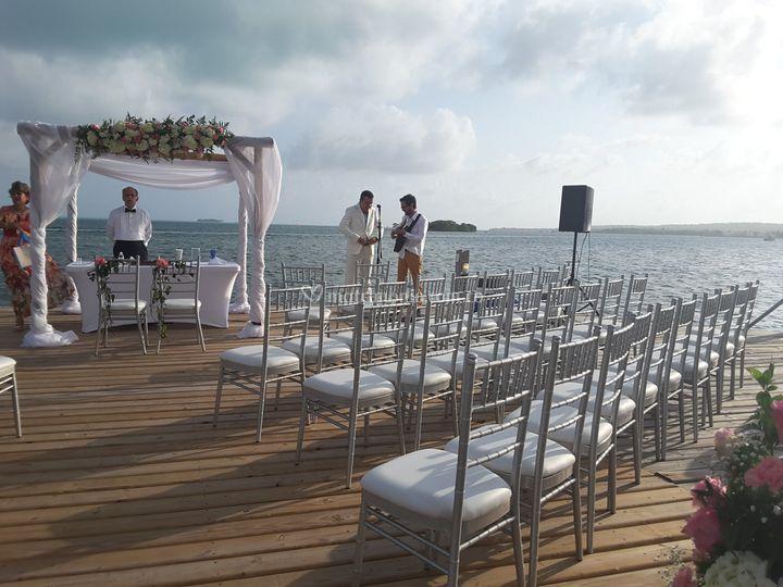 Ceremonia muelle del hotel