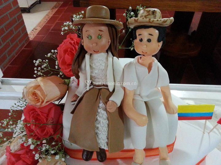 Torta personalizada de Juliana Valencia Eventos