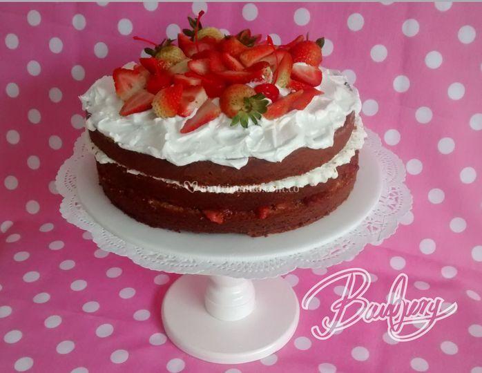 Naked cake fresas con crema