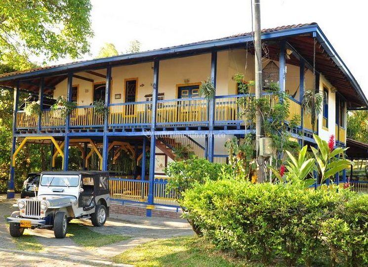 Finca Hotel Cabañas La Esmeralda